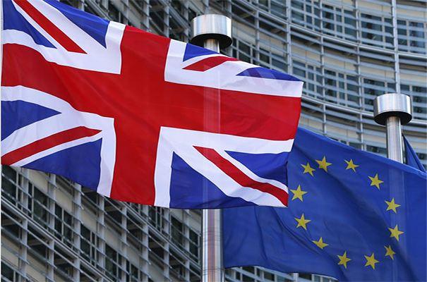 英国央行下的英国旗.jpg